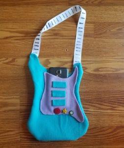 Cloth guitar